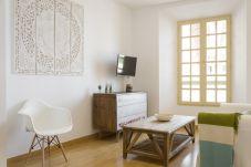 Apartment air conditioning in Centro area