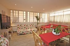 Apartment with 2 bedrooms in Nice