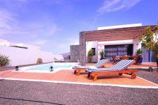 Villa air conditioning in Montaña roja area