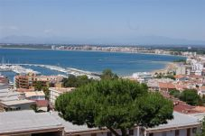 Apartment in Rosas / Roses at 500 m from the beach