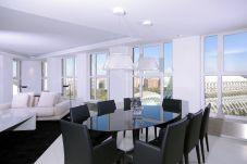 Apartment with 3 rooms in Valencia / València
