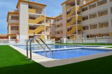Apartment with swimming pool in Mar de Cristal