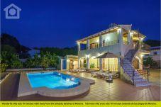 Villa for 10 people in Moraira
