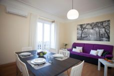 Apartment with 4 bedrooms in Valencia / València